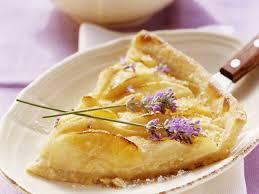 apfel birnen kuchen mit lavendel