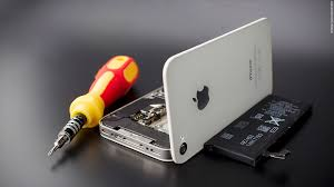 Apple recalls iPhone 5 s for battery woes Aug 25 2014