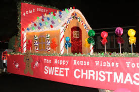 Parade Float Decorations Canada by 11 Best Holiday Floats Gs Parade Images On Pinterest Christmas