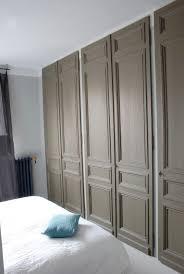 porte de placard chambre placard avec des portes anciennes id portes