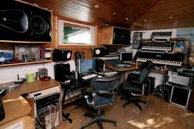 Studio Rta Producer Desk by 20 Home Recording Studio Photos From Audio Tech Junkies
