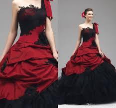 Red Vintage Wedding Dresses