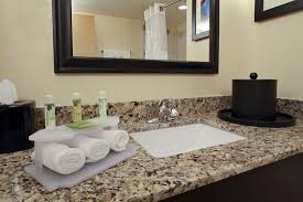 Tile Center Inc Washington Road Augusta Ga by Holiday Inn Express Augusta Downtown Updated 2018 Prices U0026 Motel