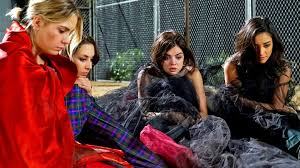 Pll Halloween Special Season 1 by Pretty Little Liars Theory We Will Never See Big A U0027s Face