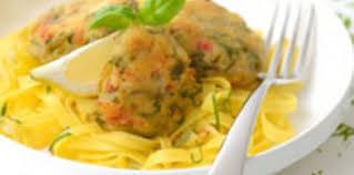 cuisiner des haricots verts galettes de haricots verts et filets de merlan aux pignons