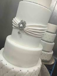 Wedding Cakes With Bling Buttercream Cake Very Glamorous Worlds Most Beautiful