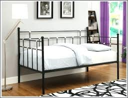 Pop Up Trundle Beds by Daybed Trundle Beds U2013 Equallegal Co