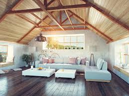 modernes helles dachgeschoß mit holzvertäfelung und
