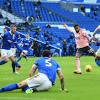Welbeck tỏa sáng giúp Brighton thoát thua đội cuối bảng