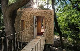 100 Tree Houses With Hot Tubs Is This Britains Best Treehouse It Comes With Its Own Hot