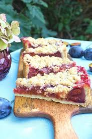 plum cake with crumble kuchen und muffins cake crumble