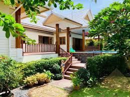 100 Thai Modern House Amorn Village 3 Bedroom For Sale In Pattaya