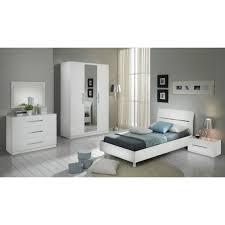 armoire chambre coucher chambre à coucher modèle gloria blanche laquee armoire 3p et lit 90