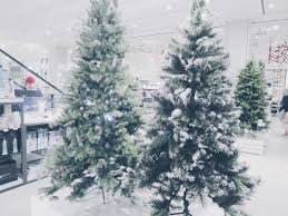 What Christmas Tree To Buy by The Christmas Gift Guide For Everyone Dizzybrunette3 I Uk Beauty