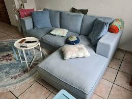 sofa hellblau