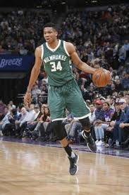 Giannis Antetokounmpo agrees to a 4yr $100M extension with the