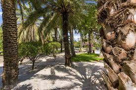 100 L Oasis Parc Phoenix Oasis A Minimal Entrance Fee 350 For