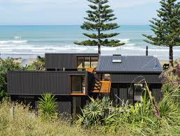 100 Modern Beach Home Lowimpact OffSET Shed House Is A Modern Beach Home In New Zealand