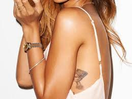 Rihanna Has A Tattoo Of Nefertiti On Her Was The Great Royal Wife Egyptian Pharaoh Akhenaten Had Many Titles Including
