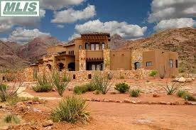 does NM have luxury type dwellings Albuquerque Las Cruces sale