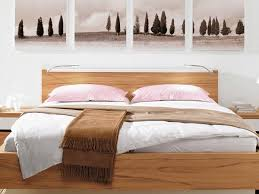 Modern Bedroom Decor Natural Bedding Fabrics And Wall Decorations Inspired By The Nature