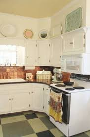 kitchen soffit decor ideas