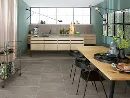 trend wohnküche fliesen für die offene küche