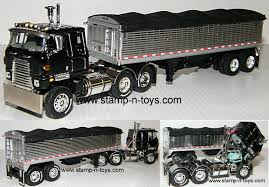 Custom Tractor Trailers All Manufacturers | Stamp-n-Toys Dcp 164 Trucks Youtube So Many Trucks Little Time Badlands Custom Home Facebook Scratch Built Belted Live Bottom Trailer 42 For And My Chip Btrain Milk Man Peterbilt Stretched Chopped Paint Dcp Ertl Tractor Diecast Replica Of Ankrum Trucking 389 3280 Flickr Pickup New Car Update 20 Covers Dump Truck Bed Cover 33 A