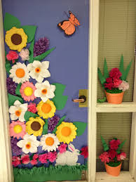 Kindergarten Christmas Door Decorating Ideas by Spring Door Contest Winner Class Doors Decorations Pinterest