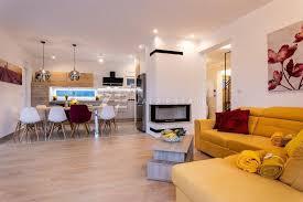 elegante moderne villa mit mediterranischen merkmalen haus