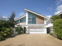100 Modern Hiuse AUTUMNAL DISCOUNTS IN DORSET CONTRACTORS WELCOME DELUXE MODERN HOUSE Poole