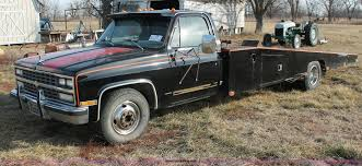 1983 Chevrolet Silverado 30 Car Hauler Truck | Item E2552 | ... Car Hauler Truck Usa Stock Photo 28430157 Alamy 2017 Kaufman 3 Hauler Trailer For Sale Schomberg On 9613074 2018 United 85x23 Enclosed Xltv8523ta50s Rondo Show Truck Cversions Wright Way Trailers Serving Iowa What Is A Car Hauler That Big Blog Ins And Outs Of A Car Youtube I Want To Build This Grassroots Motsports Forum Using Flatbed As Shipping Equipment Rcg Auto Logistics Image Result For Used Race Trucks Dodge Crew Cabs Just Because Its Great Looking Peterbilt Carhauler Trucks For Sale Trucks Sale Repo Cars