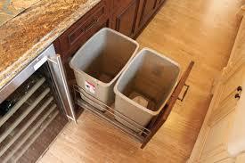 parquet flottant dans une cuisine parquet flottant dans une cuisine poser plinthe cuisine 16