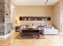 wandgestaltung wohnzimmer farbe cappuchino nische holz