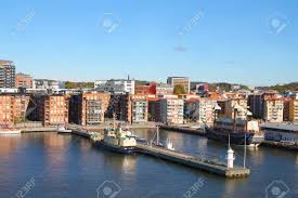 100 Apartments In Gothenburg Sweden Apartment Buildings And Housing Along The Water Of