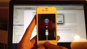 FIX iPhone rebooting or stuck on Apple iTunes Logo How To
