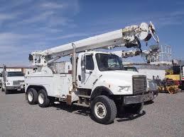 100 Tandem Trucking 2007 Freightliner M2 106V Axle Digger Derrick Truck 300HP