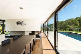 moderne villa inneneinrichtung schönes esszimmer