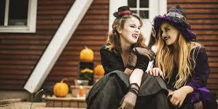Spirit Halloween Canada Careers by 9 Ways To Get Into The Halloween Spirit Huffpost