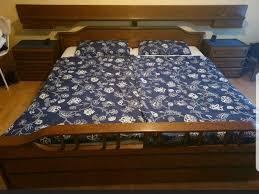 schlafzimmer bett kleiderschrank kommode eiche rustikal