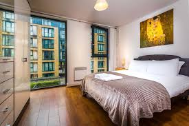 Spacious 1 Bed Apartment Birmingham City Centre UK Booking