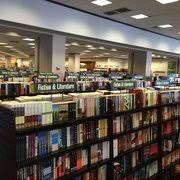 Barnes & Noble Booksellers CLOSED 125 s & 138 Reviews