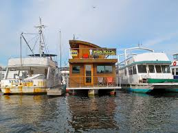 100 Lake Union Houseboat For Sale Victor Chapa Flickr