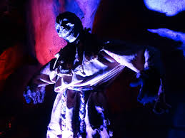 Halloween Mazes In Los Angeles Ca by Review Knott U0027s Scary Farm Remains The Ideal Southern California