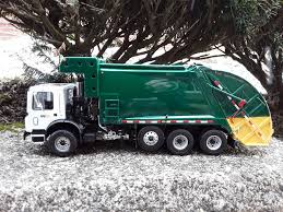 Custom First Gear CNG Garbage Truck | First Gear Custom WM M… | Flickr