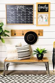 Stay Organized Up To Date With An On Trend Entryway DecorKitchen