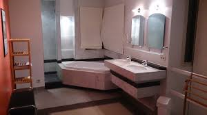 chambre avec salle de bain grande chambre avec salle de bain et dressing pour 2 personnes