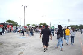 Hundreds Attend Cove's 2nd Food Truck Festival | News | Kdhnews.com 12 Best Food Festivals In Oklahoma Garfield Park Concerts Drink Mokb Presents Truck Stop Taste Of Indy Indianapolis Monthly 2018 Return The Mac N Cheese Festival Fest At Tippy Creek Winery Leesburg Three Cities Baltimore Tickets Na Dtown Georgia Street First Friday Old National Centre Truck Millionaires Business News 13 Wthr Ameriplexindianapolis Celebrates Tenants With Trucks Have Led To Food On Go Going Gourmet Herald Fairs And Arouindycom