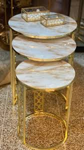 casa padrino luxus beistelltisch set gold weiß beige 3 runde metall tische mit marmorplatte luxus wohnzimmer möbel