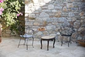 mediterrane terrasse gestalten mittelmeerflair in nur 4